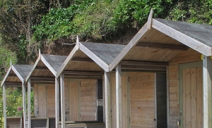 swanpool_beach_huts_cropped